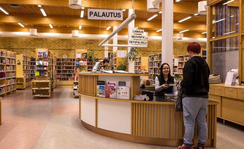 Kirjaston asiakaspalvelua