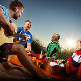 Piknik rannalla on yksi tapa viettää hieno päivä Kalajoella
