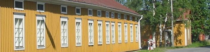 Plassin vanhaa rakennusta