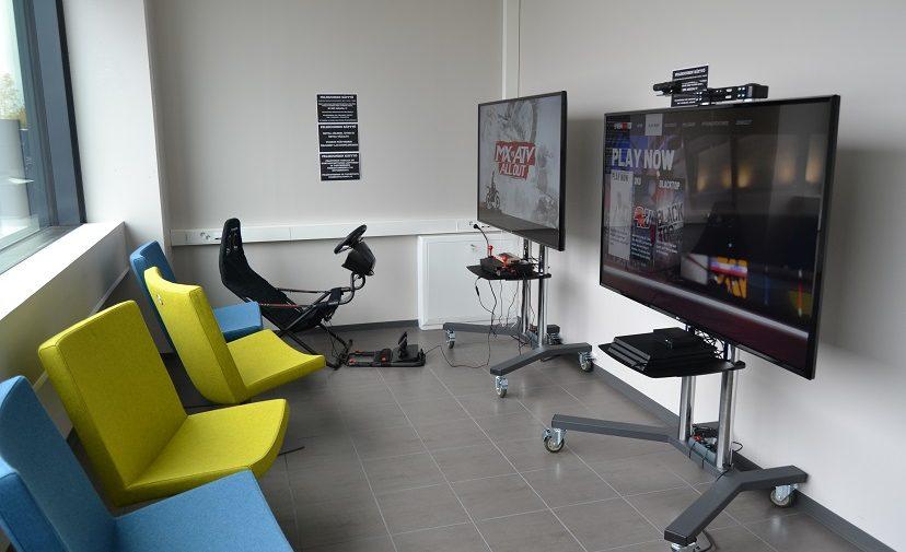 Pääkirjaston pelihuone