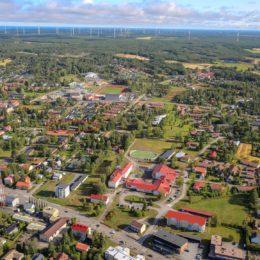 Kalajoen keskustan ilmakuva Virkatien asunnot punaisella merkitty